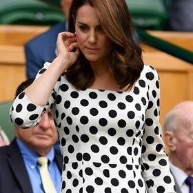 Kate Middleton estrencule de cheveux pour l'été européen  05.07.2017  LA
