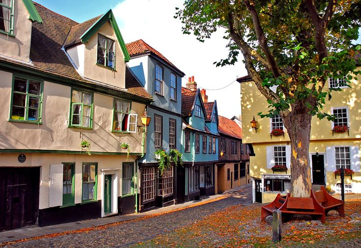 Elm Hill, Norwich, Norfolk, UK - On my Top Ten Best Streets in England list. Just lovely. DL