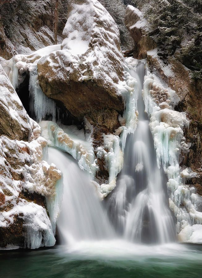 ✯ Bash Bish Falls - MA...  Bash Bish Falls State Park in the Taconic Mountains of southwestern Massachusetts