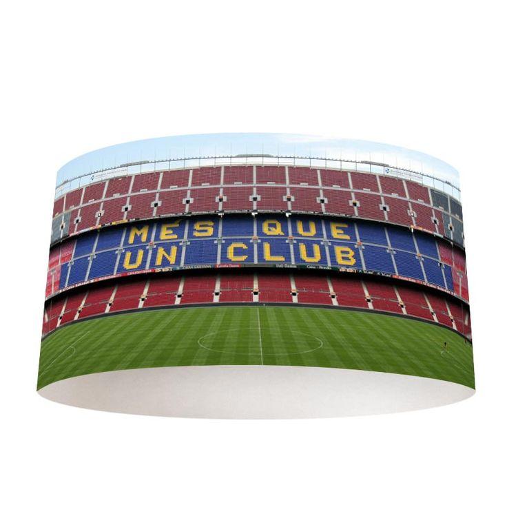 fotoprint Lampenkap Barcelona stadion. Verlicht jouw kamer met een mooie persoonlijk fotoprint op je lampenkap. meer weten of bestellen? YouPri.nl