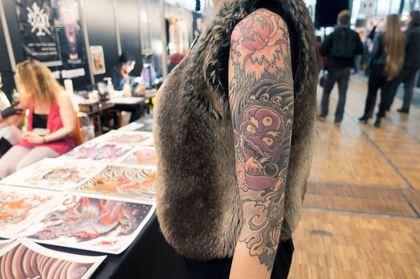 Les 42 meilleures images propos de id es de tatouage sur - Se faire tatouer au salon du tatouage ...