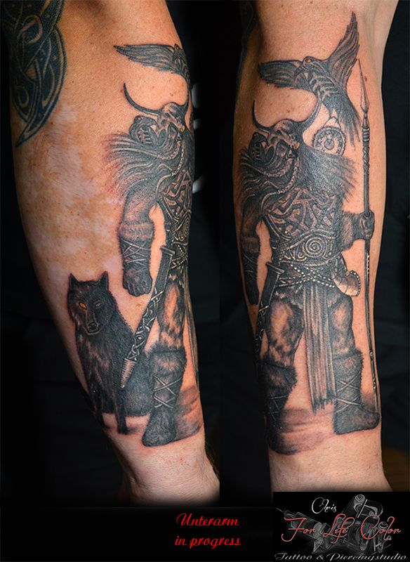 Unterarm in progress #forlifecolor #inked #tattoochris #christattoo #tattooraubling #ink #instatattoo #nofilter #instagood #tats #wikinger #odin #blackandgreytattoo #tattoodesign #tattooartist #tattoo #tattoos #tattoostyle #tattooedgirls #finlinetattoo #tattooidea #tattoolife #tattoolovers #tattooart #tattooed
