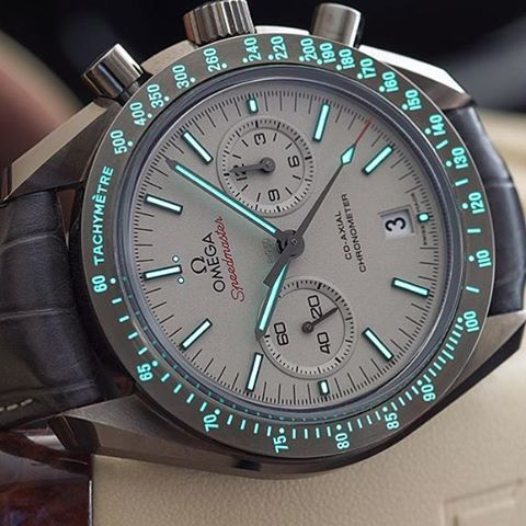 Love this lumeshot of @wristmachine's Omega Speedmaster  #ultimate_watches