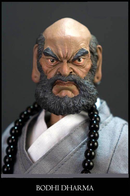 """imagem de Bodhisatwa Avalokistewara Bodhidharma fundador do Budo, pai e mestre das artes marciais, disse:""""Arte marcial não se pratica sem Budismo"""" Imagem no Templo Bassai-Ji da ABVKD"""