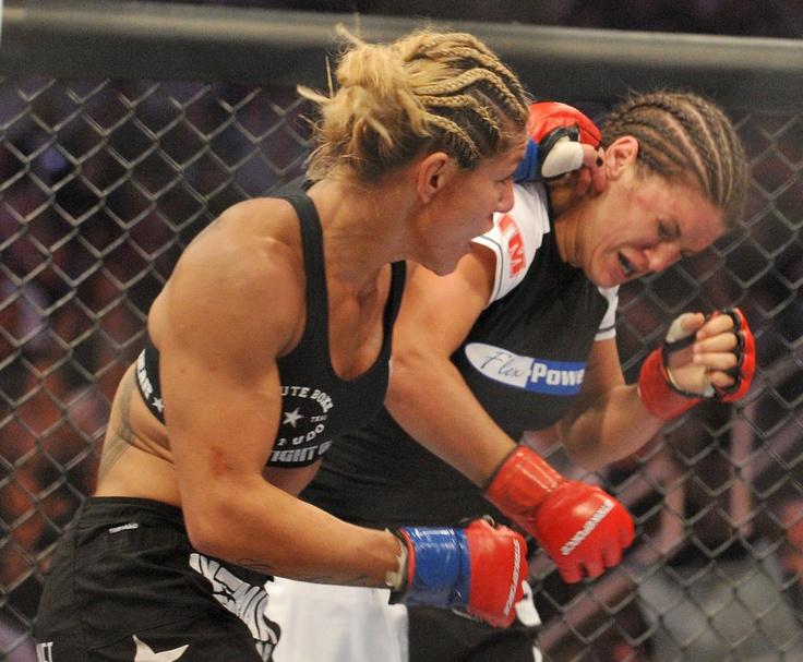 Gina Carano Photos Photos: Strikeforce: Carano v Cyborg ...