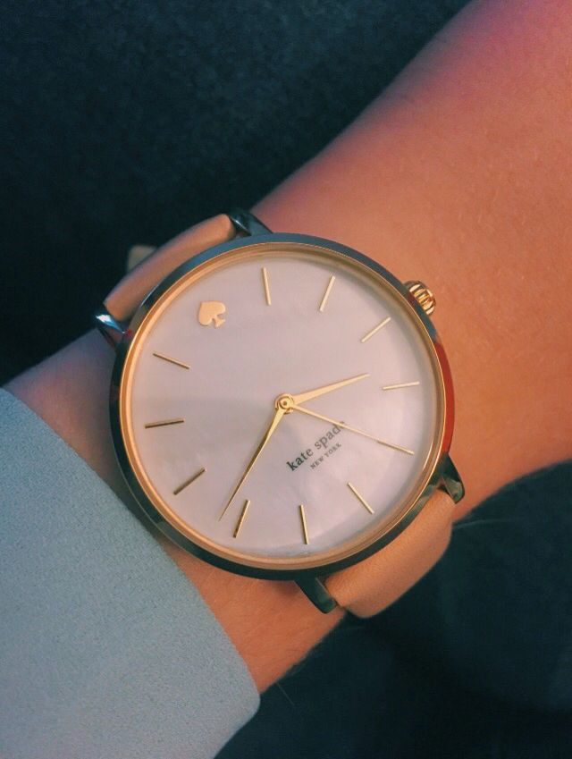 Pinterest: hannahchambers_ More http://www.thesterlingsilver.com/product/michael-kors-parker-womens-quartz-watch-with-white-dial-and-gold-stainless-steel-bracelet-mk6119/