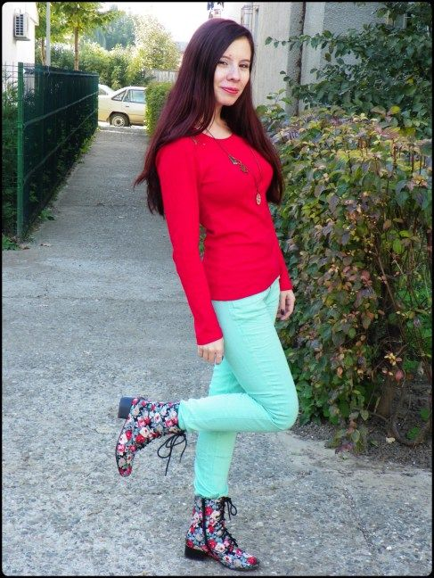 Red blouse Floral boots