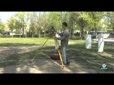 Estacionamiento de un taquímetro electrónico | http://xurl.es/hptby  | @BiblioCampusSur | http://xurl.es/o9cyy