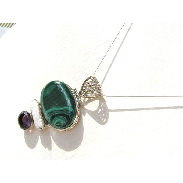 HOLIDAY SALE 40% OFF Malachite Pendant, with Amethyst Biwa Pearl,... (830 ZAR) ❤ liked on Polyvore featuring jewelry, pendants, semi precious stone jewellery, semiprecious stone jewelry, pearl pendant, swirl pendant and holiday jewelry