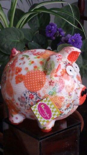 Alcancia naranja...contacto mariagujastienda@gmail.com....facebook: mariagujas-tienda