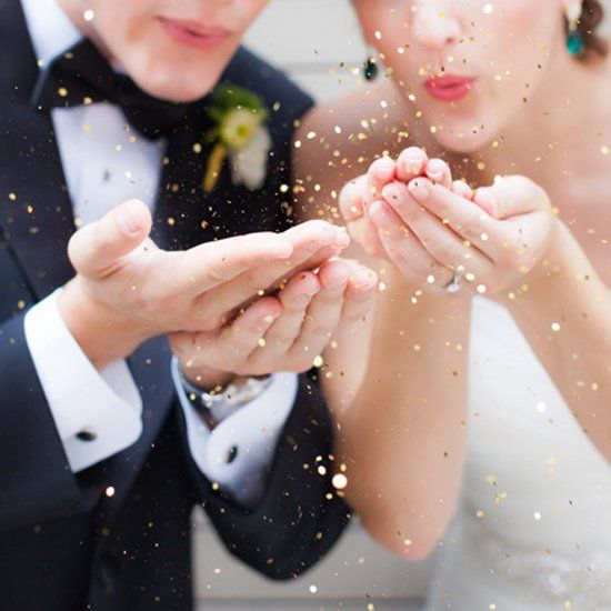 Emerald, black and gold glamorous wedding inspiration shoot.