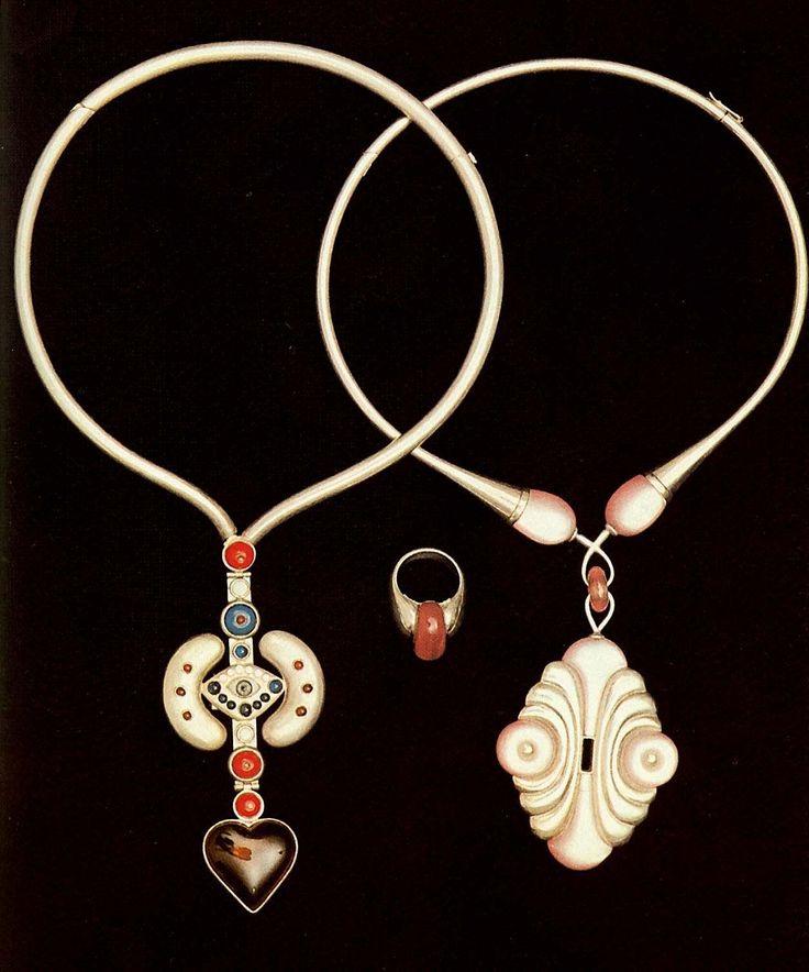 """Колье """"Янтарное сердце""""; """"Зефир"""" Метс, Рейн    1975  Серебро, янтарь, стекло, керамика, эмаль, оргстекло; чеканка, полирование  Таллинн."""