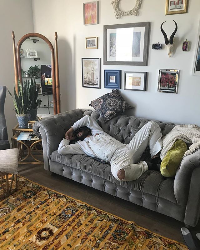 Sometimes when you get home from work and all you want to do is nap... #nap #painter #tired #interiordesign #painting #terra #professional #oakville #mississauga #toronto #interior #livingroom #professionalpainter #painters #paintlife #onlythiscan