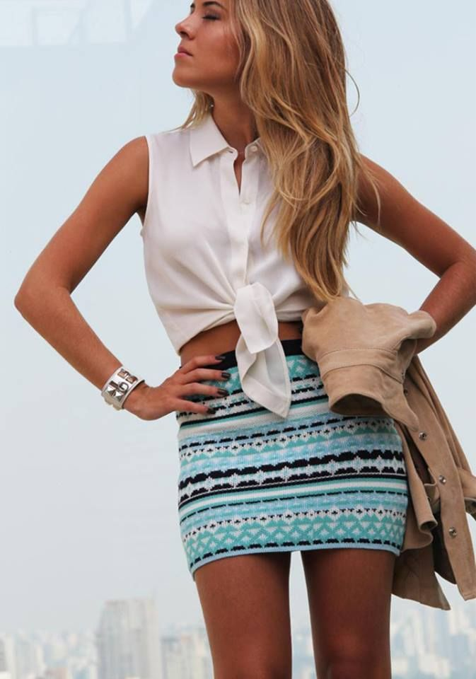 How to Wear a Tribal Skirt