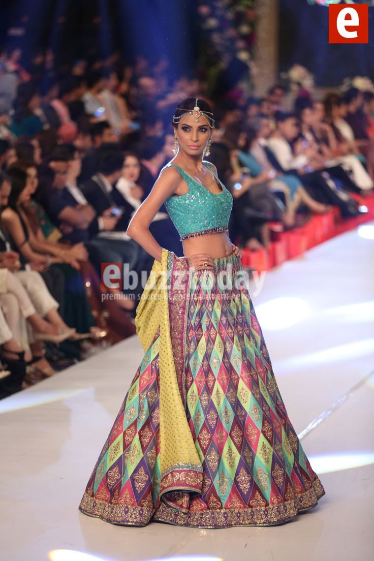 PFDC L Oreal Paris Bridal week consists of latest wedding dresses  collections by top famous Pakistani designers like HSY  Misha Lakhani  Sana  Safiza. 2965 best Desi dresses images on Pinterest   Playing dress up
