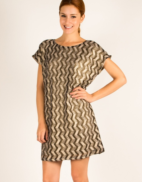 Short sleeve boxy dress with lining.