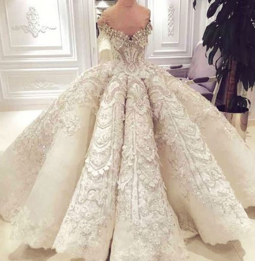 "haute coutoure: ""Michael Cinco - Bridal is one stunning creation"