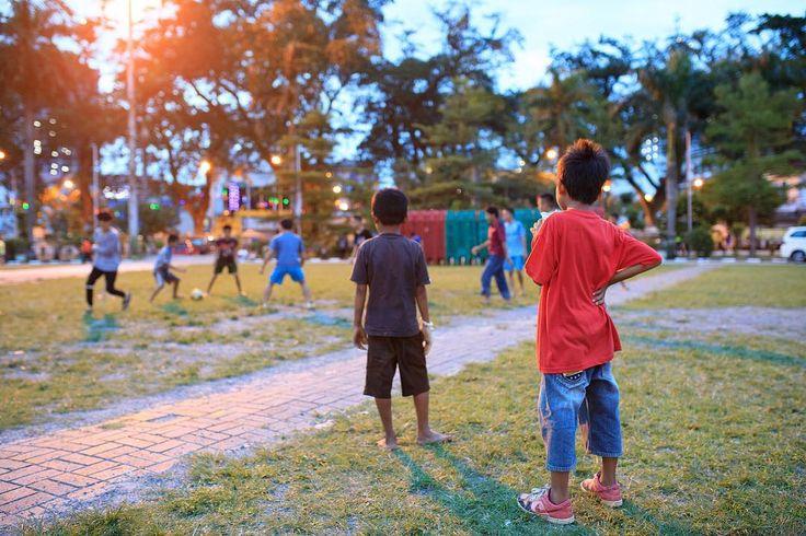 MEDAN  SUMATRA Link to all photos in profile . . #sumatra #medan #football  #footballasia #soccer #niasutara #sumatera #indonesia #indo #indonesien #indonesiaparadise #pulaunias #niassurf #tuktuksumaterautara #sumatraautara #dslrphotography #dslr #canon #photography #photooftheday #photo #picoftheday #pictureoftheday #austrianphotographer #austrianphotographers #austrianart #kunsttirol #thepoint