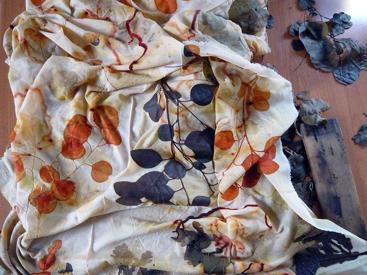 M.Y. garden | Youliana Manoleva - hanami - lana vintage Armani, impressione diretta di materiale vegetale. wool, botanical print. #wool #natural #dyes #print #plant