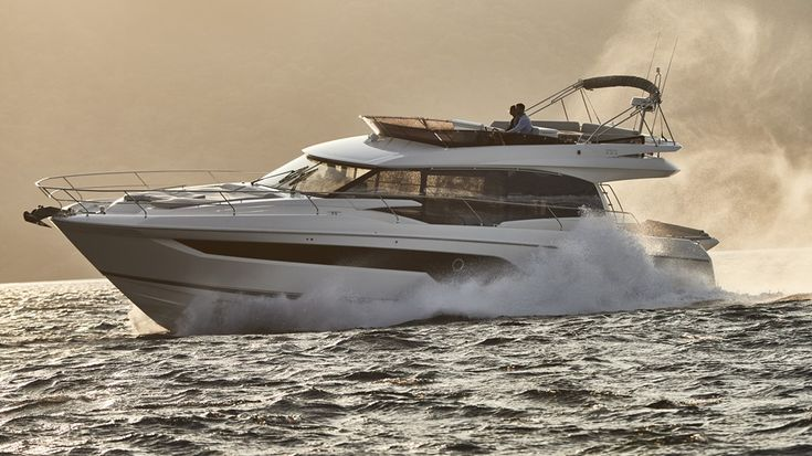 Brand new Prestige 590 available mid-July for delivery to the Med or UK. This st…