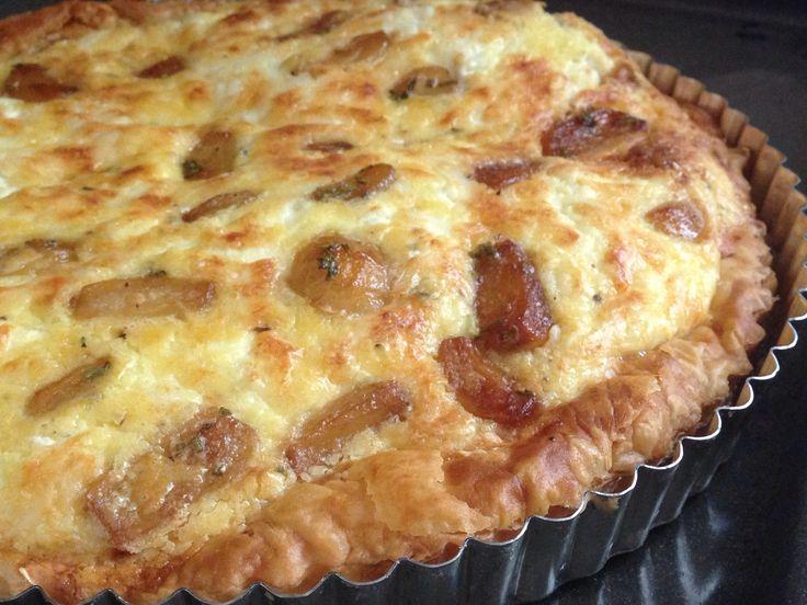 TARTA DE AJO CARAMELIZADO Y QUESO DE CABRA #garlic #goatcheese #quiche #delicious
