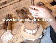 Curso de talla en madera en video y audio, en español paso a paso, como afilar las herramientas, como afilar las gubias, gurbias, como hacer escultura en madera, como tallar madera en video, como hacer una concha en madera, tallado en madera, gubias, gurbias, tallar la madera curso en linea, esculpir madera, como hacer piezas de madera curso en videos y audio
