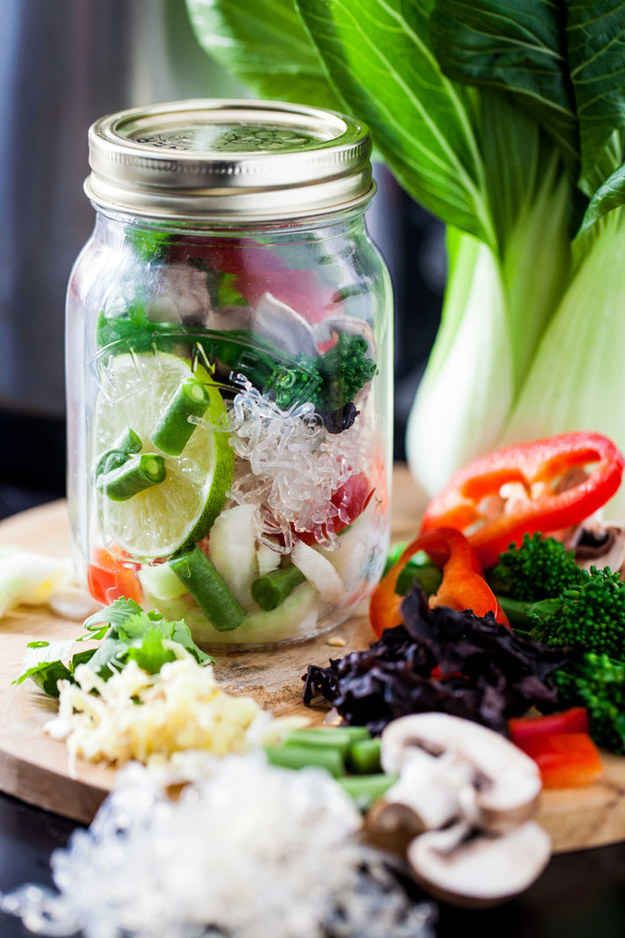 15 Easy And Portable Office Lunches