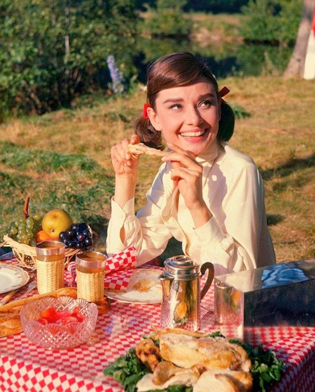 audrey: Summer Picnic, Afternoon 1957, Company Picnic, Audrey Picnics, Audrey Hepburn, Gary Cooper, Audreyhepburn, Audrey Forever, Things Audrey