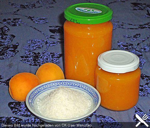 Aprikosenmarmelade mit Kokos