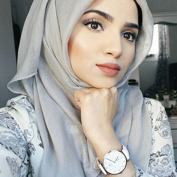 Pretty Hijabi Makeup Ideas You Need to Follow  Read more:  http://www.ferbena.com/pretty-hijabi-makeup-ideas-need-follow.html