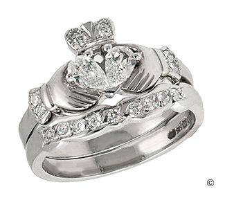 wedding ring set: Running Shoes, Ideas, Claddagh Rings, Dreams, Style, Jewelry, Wedding Rings, Irish Wedding, Engagement Rings