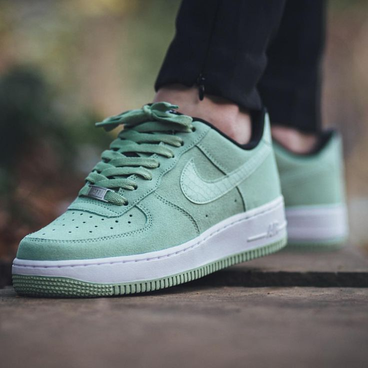 nike wmns air force 1 ́07 price runners