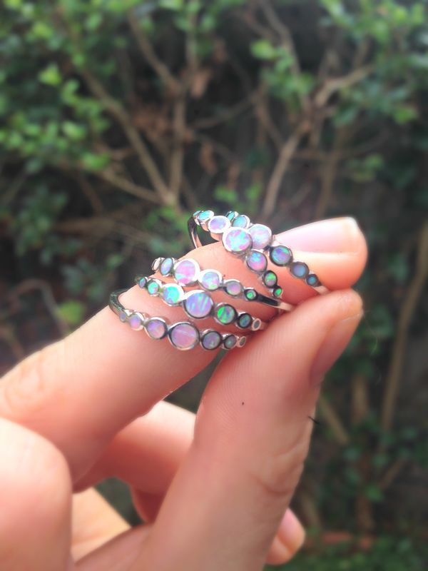 16 E      Taille 6 ou 7  Unicorn Tears Opal Ring - product image