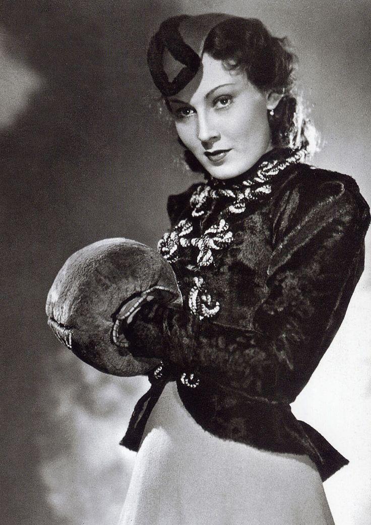 1937 Lida Baarova im Film 'Patrioten'.jpg