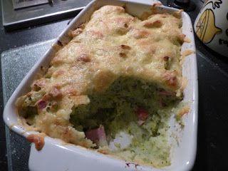 Scrappen en beppen: Van harte * Gegratineerde ovenschotel broccoli-prei met rookworst * Iets ouds en iets blauws-Katie Fforde