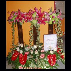 Lien Flower & Decoration www.liengallery.com  #surabaya_florist #LienFlowerDecoration #tokobunga #tokobunga_surabaya #delivery_florist_indonesia #florist #fleurs #flower_arrangement #florist_banjarmasin #bunga_meja #bungameja #bouquet #rangkaian_bunga #Indonesia #liengallery
