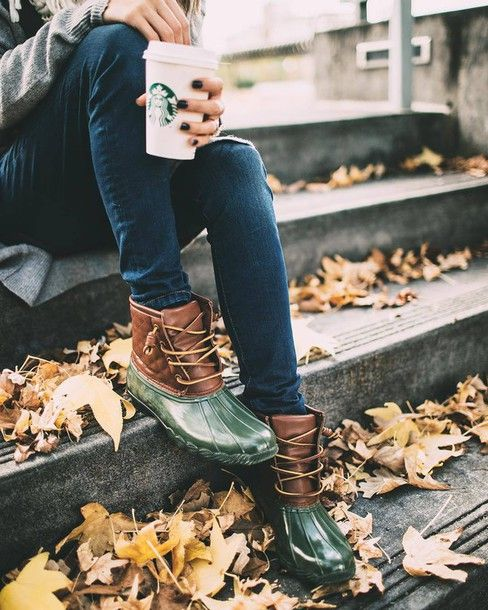 Shoes: green boots wellies fall outfits tumblr boots flat boots jeans blue jeans starbucks coffee