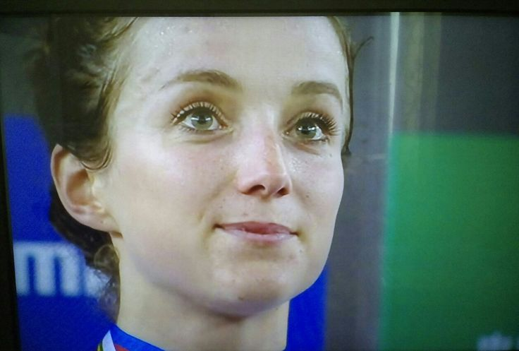 World Champion Points Race winner GOLD Elinor Barker her 2nd medal if the  competition