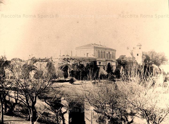 Palatino – Orti Farnesiani. Il casino del Belvedere Anno: 1864