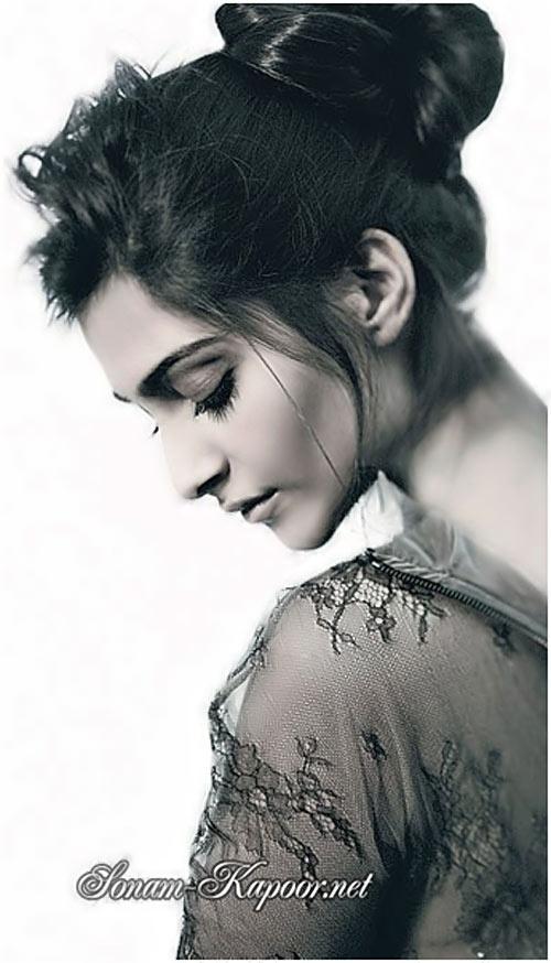 Hottest Indian Women – Sonam Kapoor #SonamKapoor, Go To www.likegossip.com to get more Gossip News!