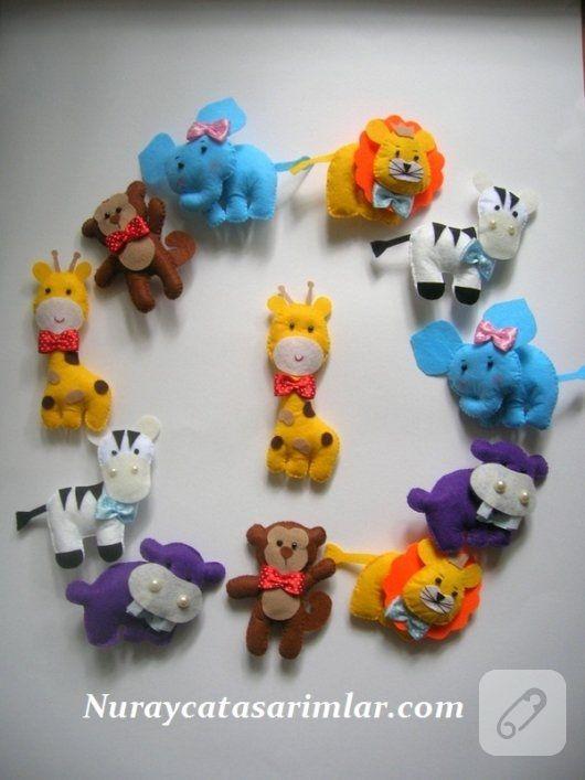 magnetli bebek şekerleri keçeden içleri dolgulu safari hayvanları şeklinde tasarlanmış. kız ve erkek bebekler için el yapımı hediyelikler, doğum aksesuarları ve...