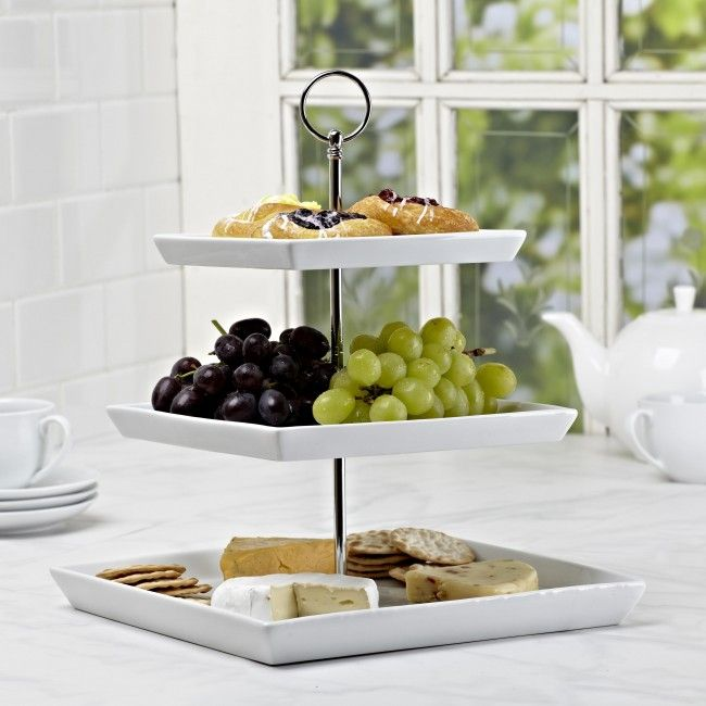 Perfect for appetizers, desserts or other delicious treats. The Plateau 3-Tier Serve Platter is a stylish way to tempt your guests. The simplicity of the square white porcelain plates elegantly displays your food and suits any decor.