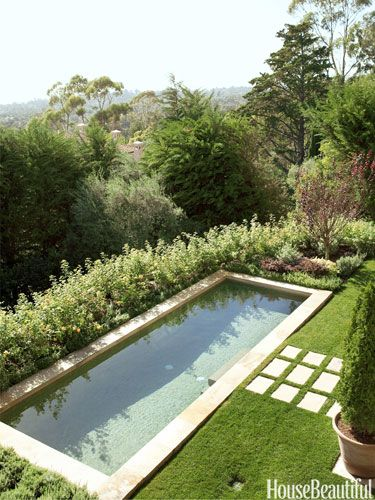 For a Tuscan-style house in Santa Barbara, designer Joe Nye lined the pool in mosaic tile.