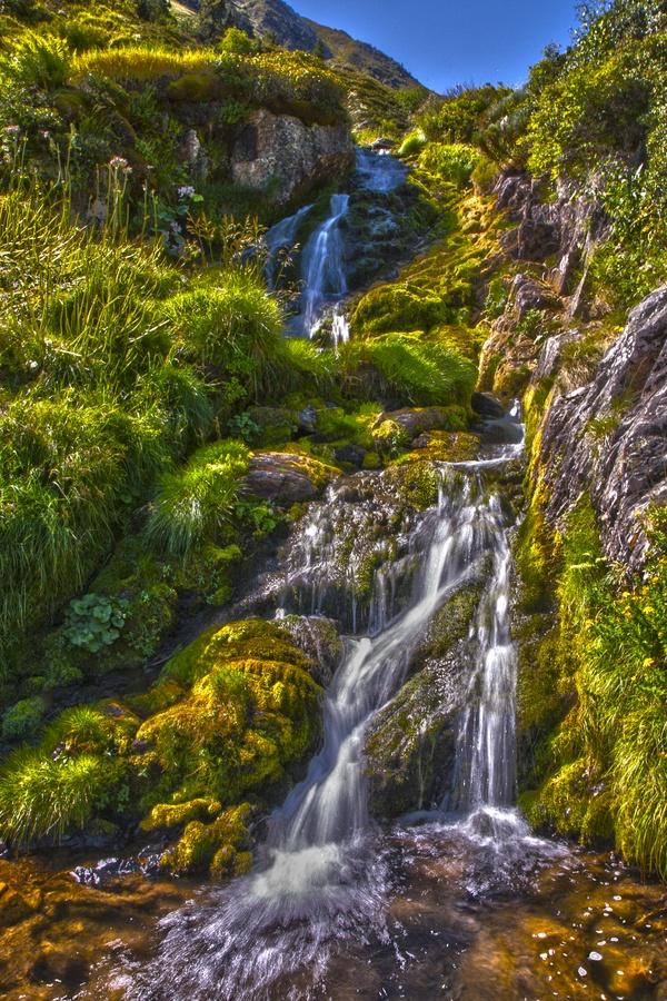 Cascada del diablo by David Montaña, via 500px