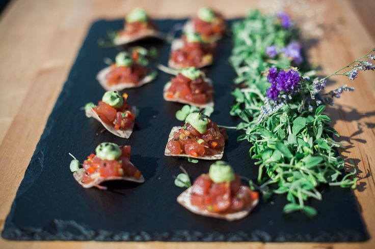 elle cuisine hors d'oeuvres - Ahi Tuna with black sesame, ginger & soy marinade, bell peppers, Asian pear, scallions, herbed avocado mousse on a taro root chip!