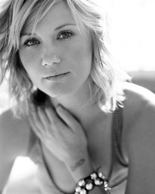 Jennifer Nettles <3 Sugarland