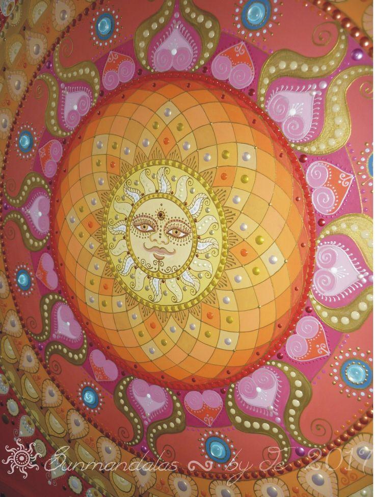 vörös-arany Naparcos mandala ! red-gold Sunface mandala by Je