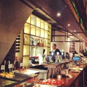 Patxaran: Spaans restaurant met moleculaire pintxos en tapas vooral uit Baskenland. #restaurant #haarlem #patxaran
