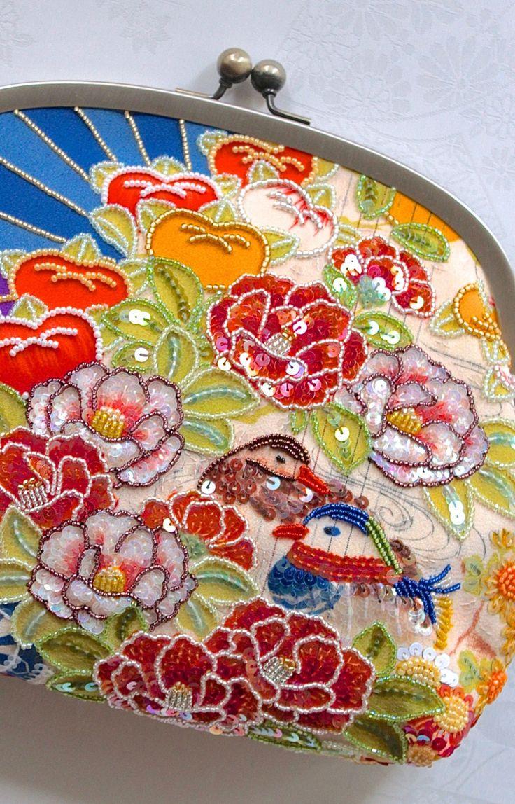 「ビーズ刺繍ポーチ4号」・紫地花丸鴛鴦×黒地花模様 | ガマグチバッグ・お財布 | Shop