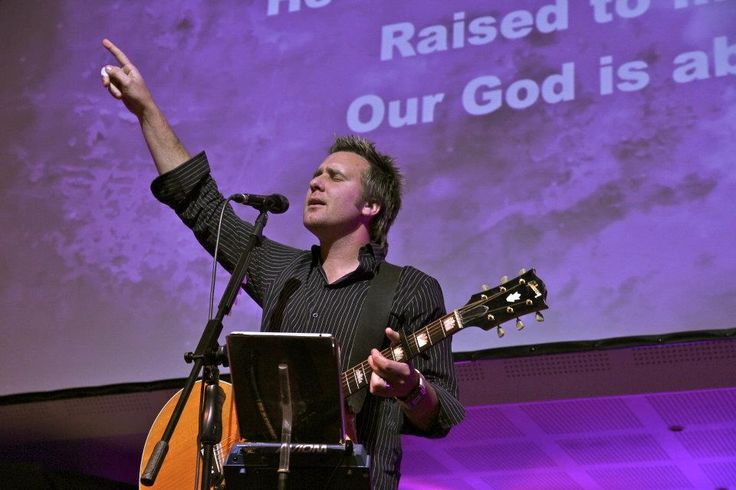Hilton Grieg - worship leader at Kloof Harvest Church. Leads worship for the GLS.